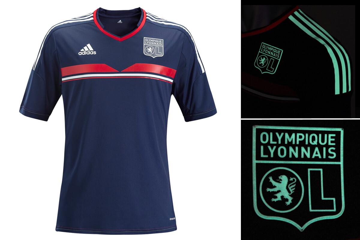 equipacion Olympique Lyonnais futbol