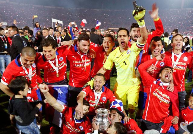Messi, Mascherano, Bravo y Otamendi en el once ideal de la Copa América