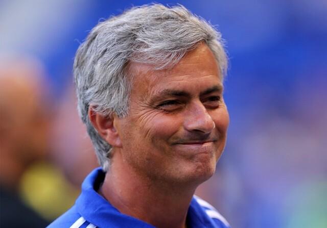 """Mourinho: """"La mujer de Benítez debería ocuparse de la dieta de su marido"""""""