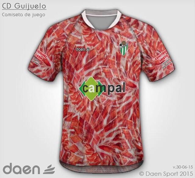 La camiseta del CD Guijuelo de jamón ibérico