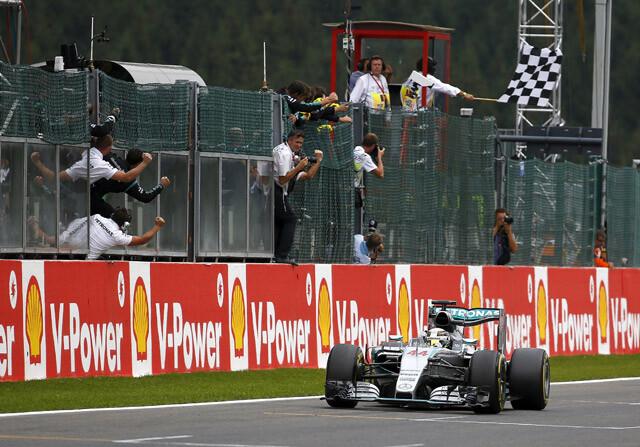 Hamilton gana el GP de Bélgica