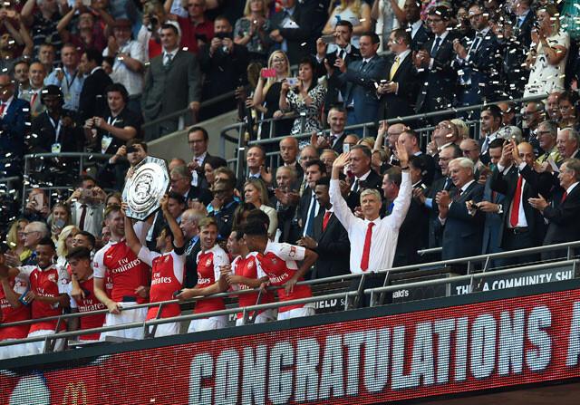 Wenger se toma revancha ante Mourinho en la Community Shield