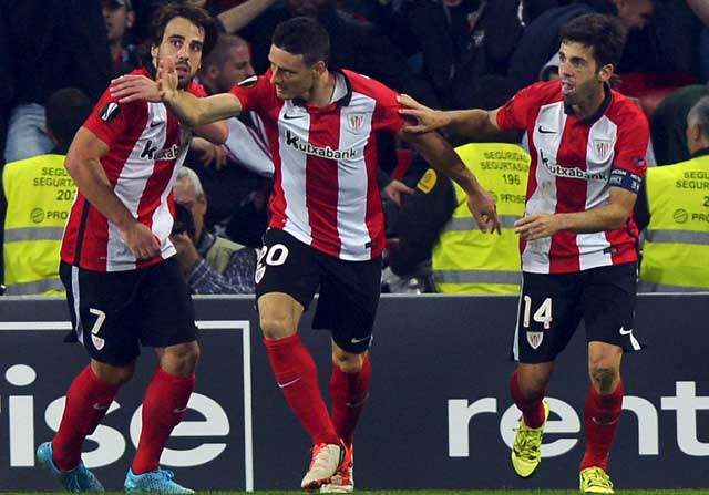 Aritz Aduriz celebrando un gol