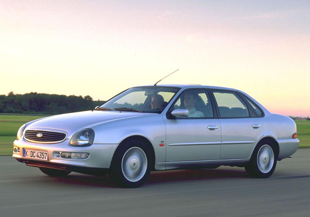 Los peores coches de los 90