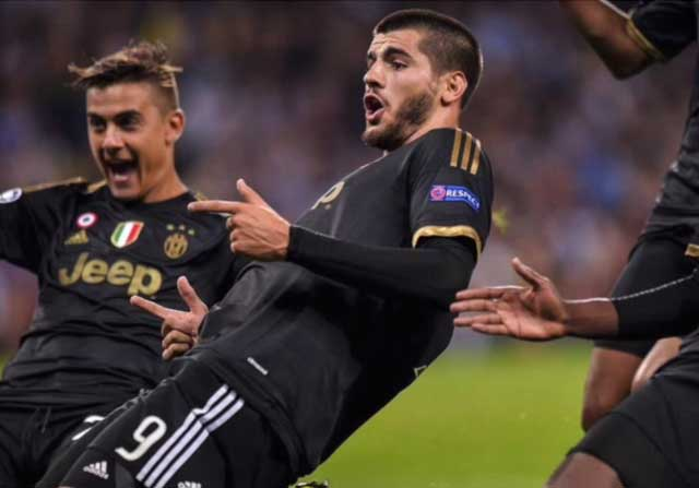 Álvaro Morata celebrando un gol con la Juve