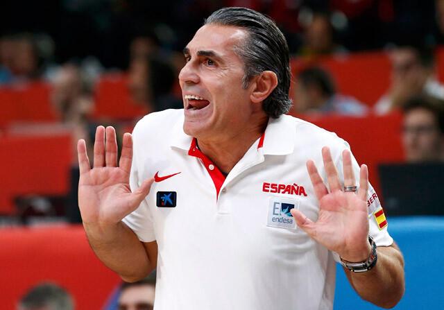 Sergio Scariolo durante un partido de la selección de baloncesto