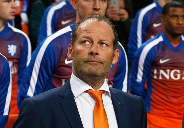 Danny Blind, entrenador de Holanda para la Euro 2016