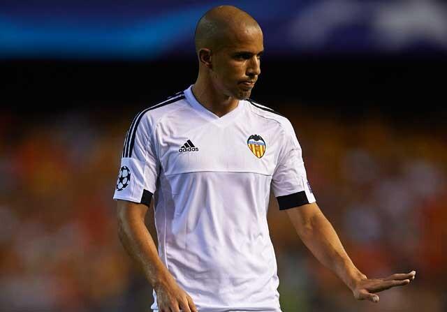 """Feghouli reconoce """"contactos"""" con el Barcelona"""