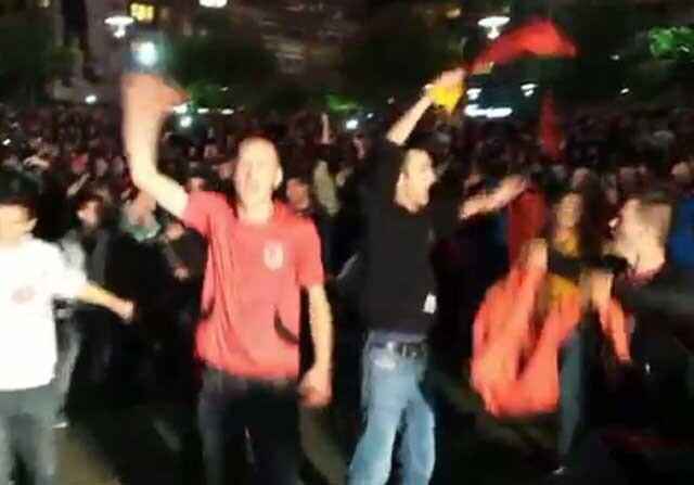 Kosovo en la calle para celebrar la clasificación a ala Eurocopa 2016