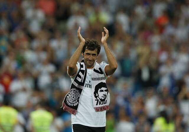 Raúl González Blanco se despide de la afición del Real Madrid