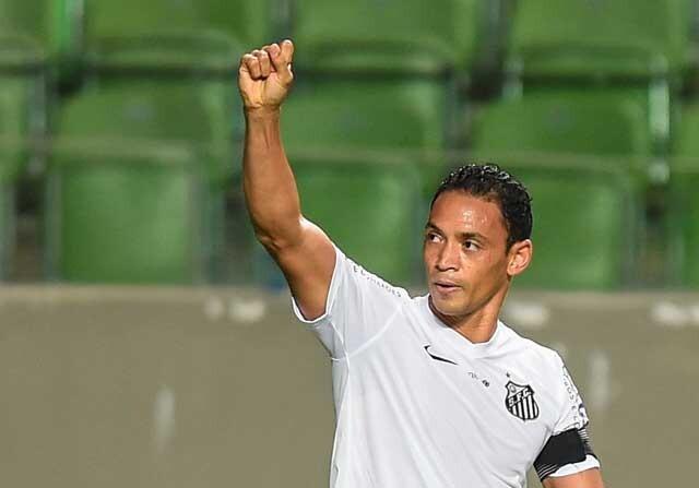 Ricardo Oliveira jugando con el Santos