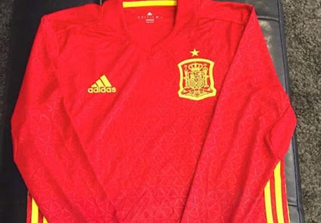 Así es la camiseta de España para la Euro 2016 - SPORTYOU 3d5f49ad51761