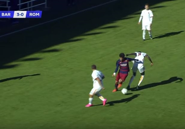 """Golazo """"a lo Messi"""" de Carles Aleñá en la UEFA Youth League"""