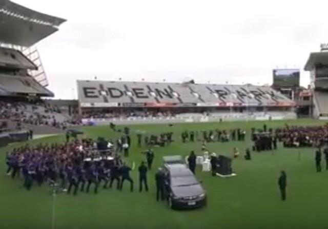 Lomu funeral