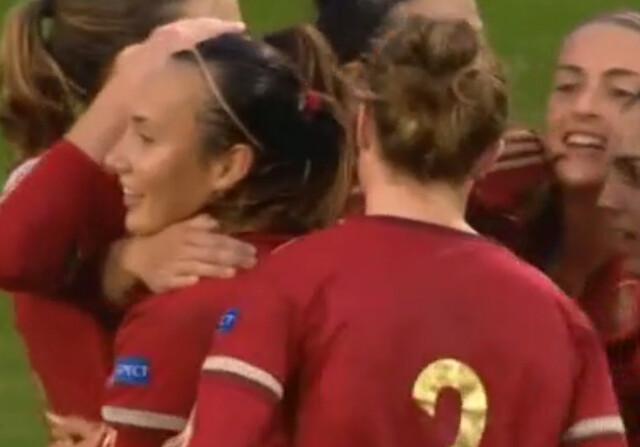 España se consolida en el liderato de camino a la Euro 2017