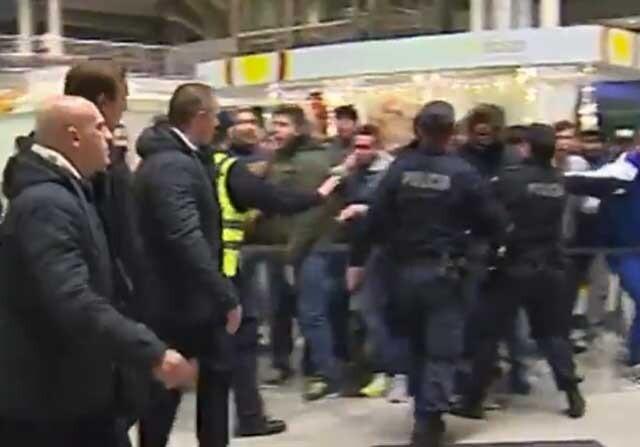 El Oporto en el aeropuerto tras perder contra el Chelsea