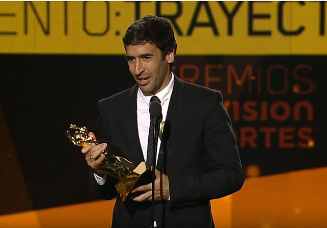 Raul real madrid premio