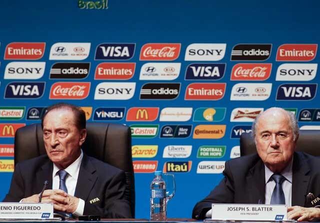 Eugenio Figueredo y Joseph Blatter, en una rueda de prensa