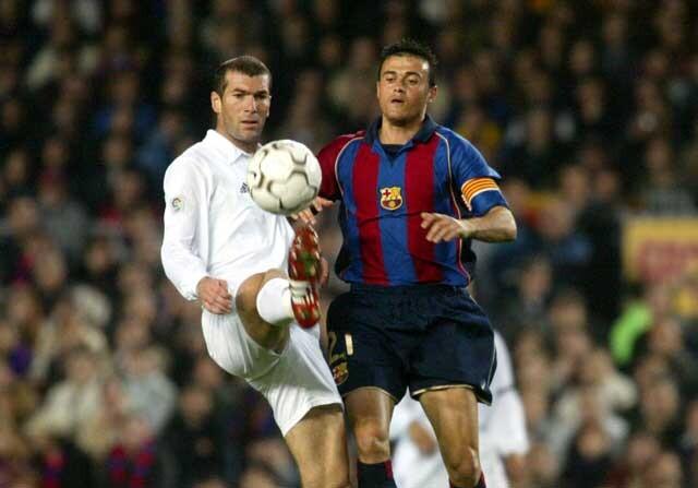 Zinedine Zidane y Luis Enrique, en un Real Madrid-Barcelona como jugadores