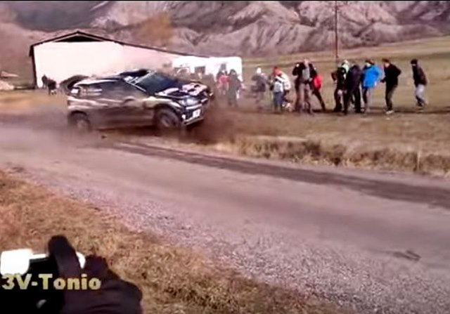 latvala atropella a un espectador en el rally montecarlo