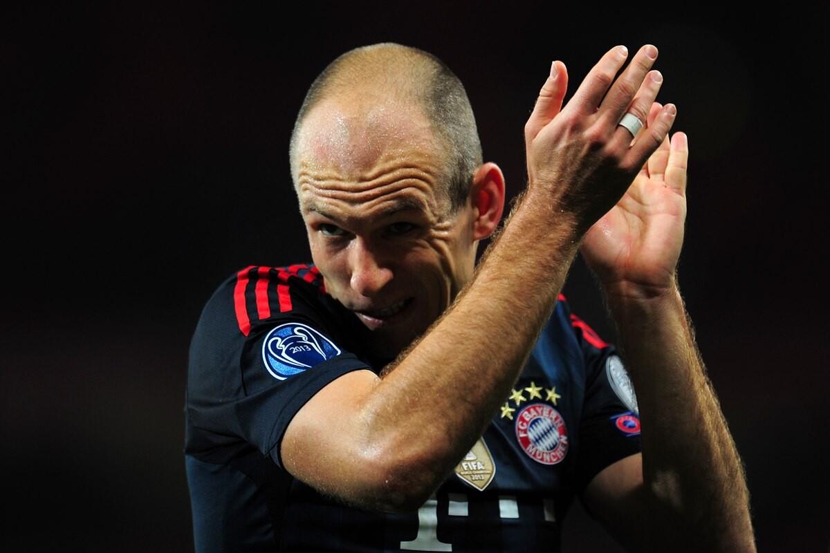Arjen Robben, acusado de piscinero