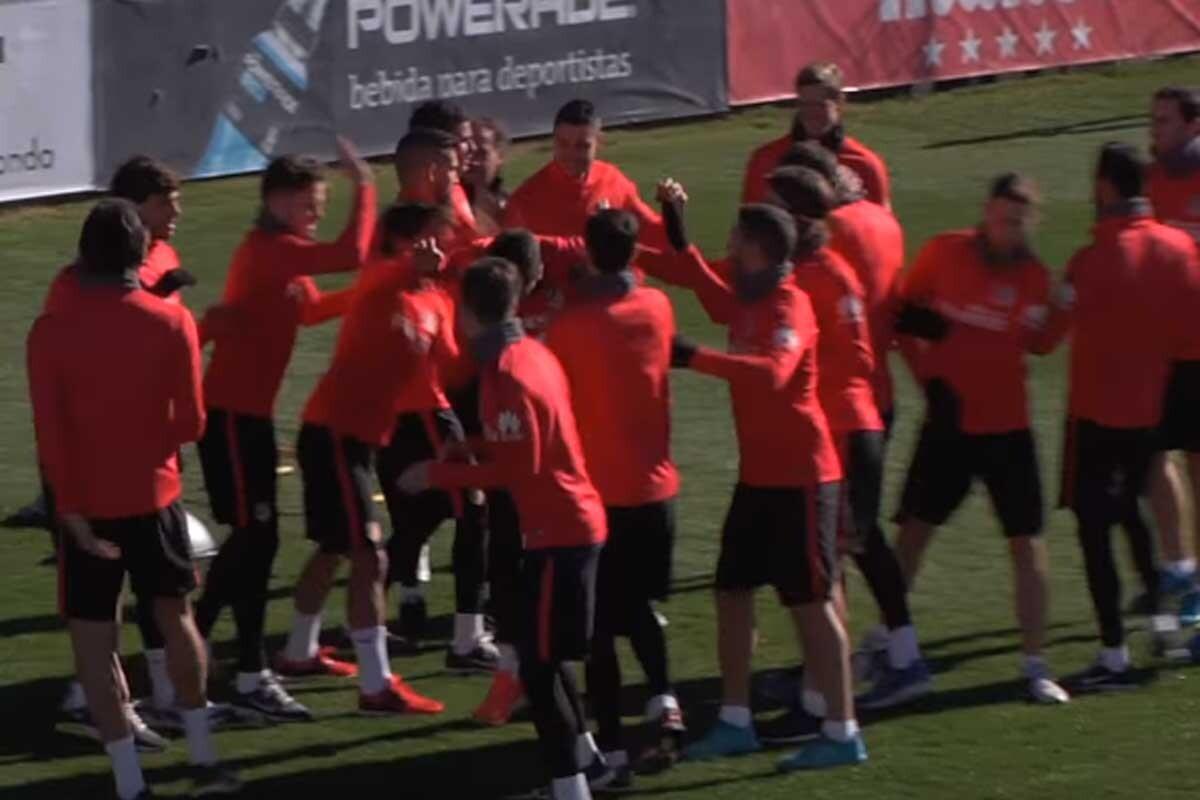Pasillito en el entrenamiento del Atlético de Madrid