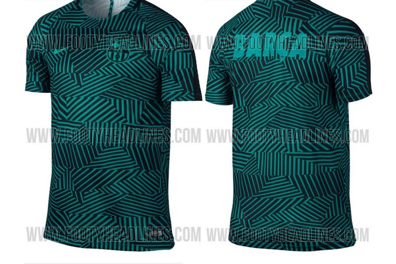 La nueva camiseta prepartido del FC Barcelona para la próxima temporada 121ea5ac7ea
