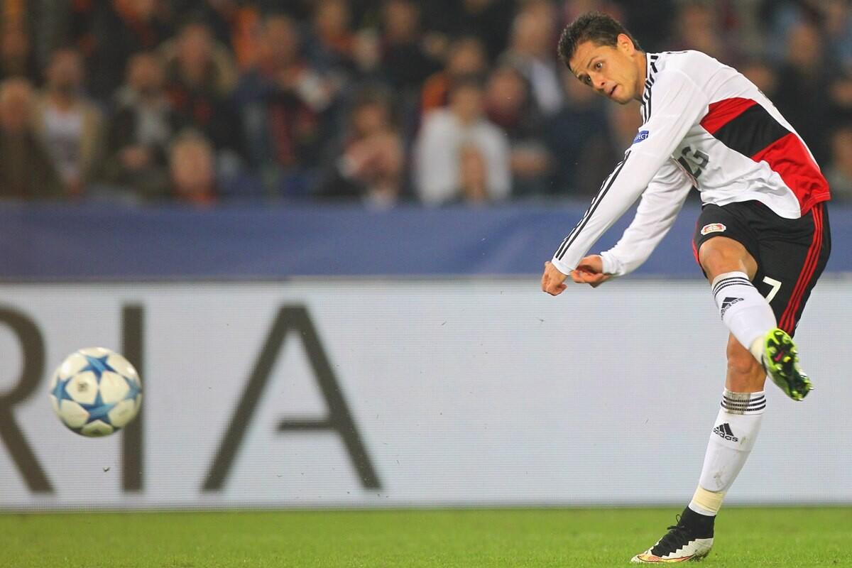 Chicharito, jugador del mes en la Bundesliga