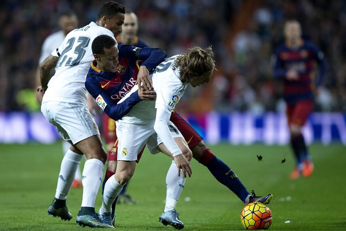 Neymar no se irá al Real Madrid según Edmilson