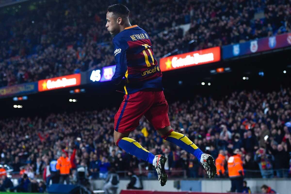 Neymar celebra un gol con el Barcelona
