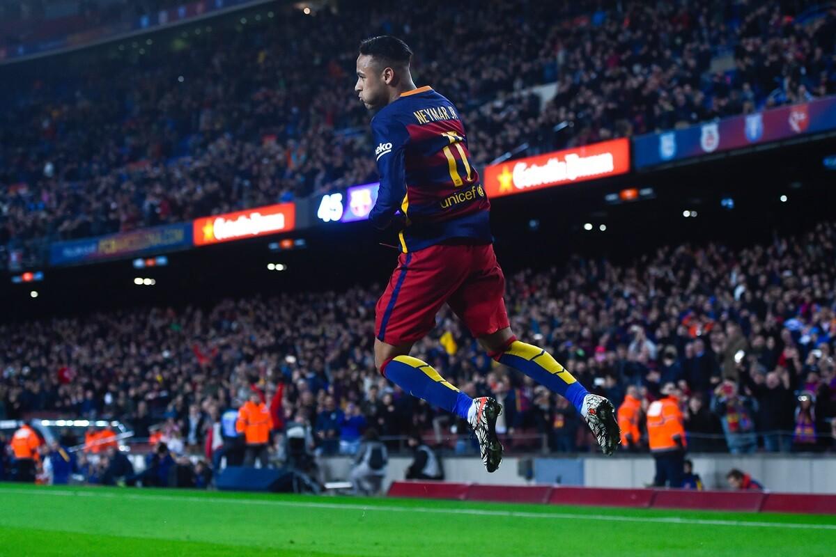Neymar, cerca de renovar con el FC Barcelona