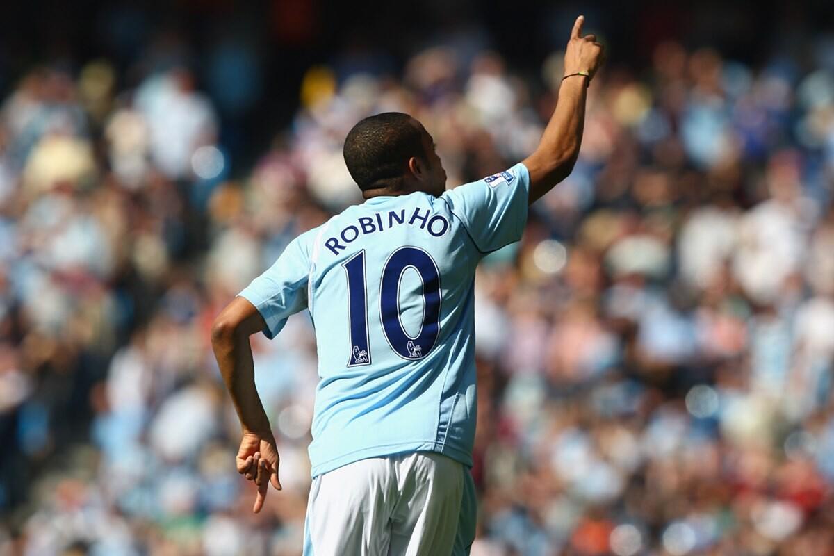 Robinho quiere volver a la Premier League