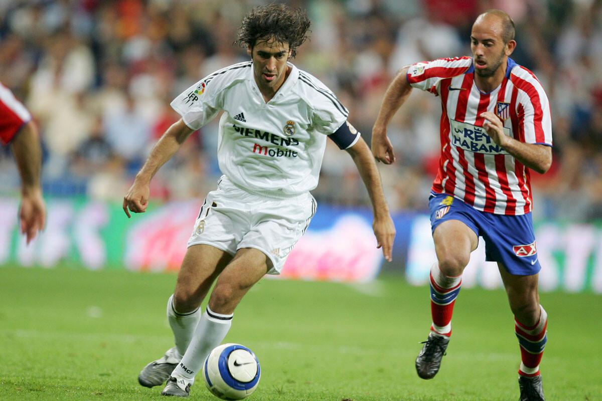 Raúl, contra el Atlético