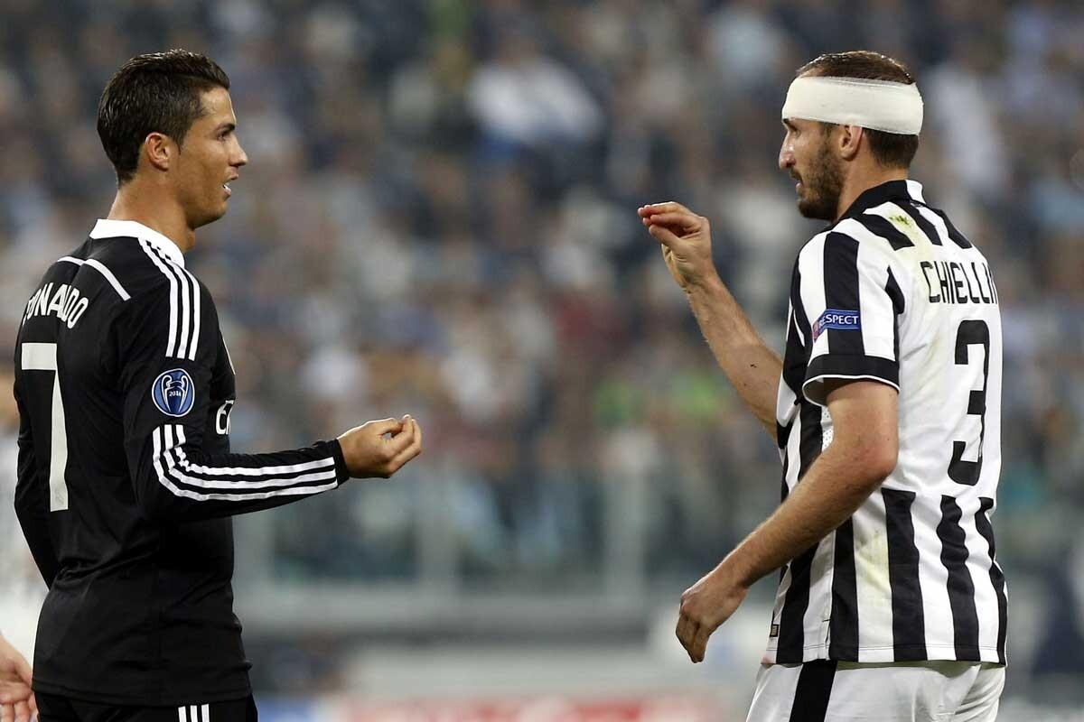 Giorgio Chiellini desafía a Cristiano Ronaldo en un Real Madrid-Juventus