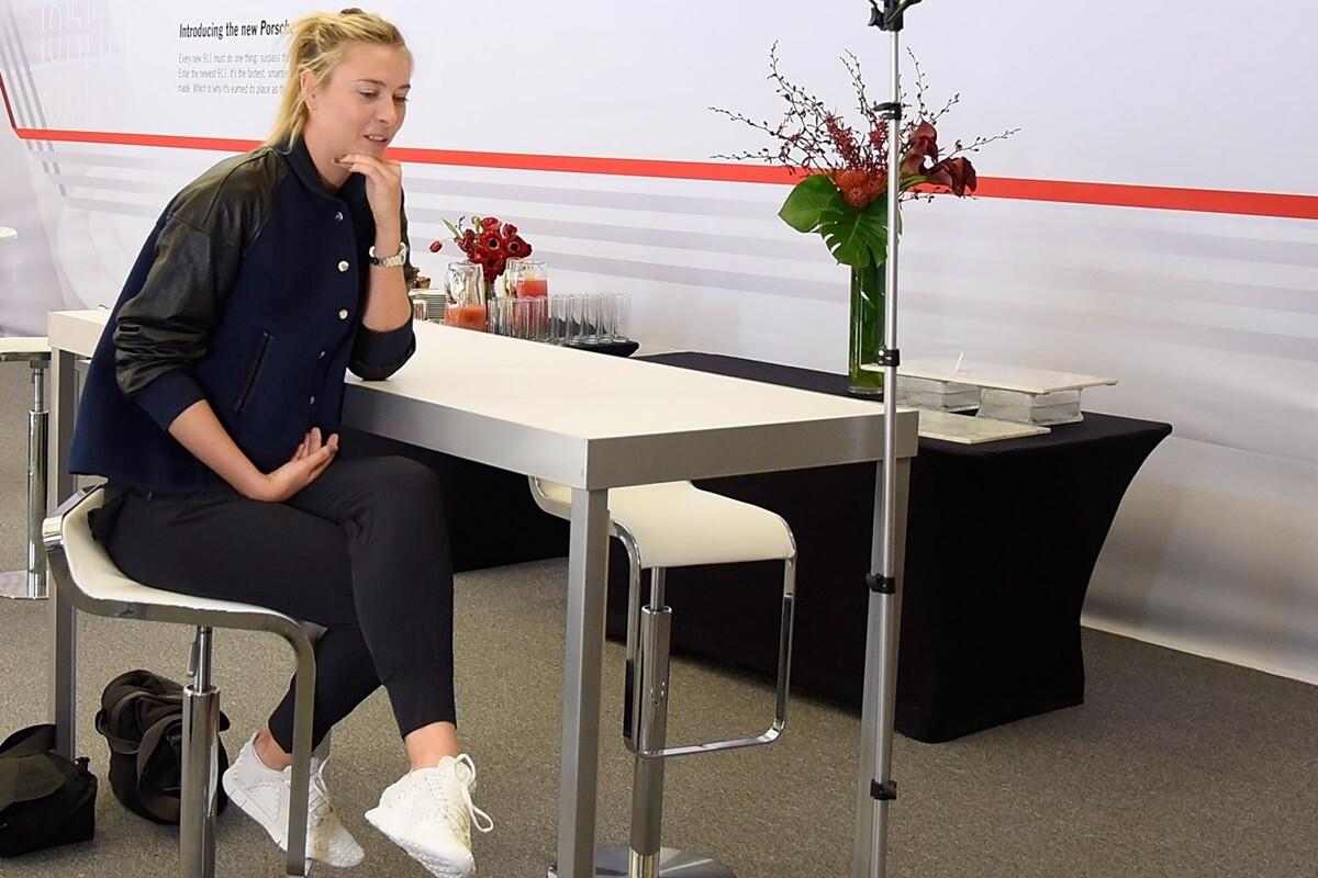Maria Sharapova cuenta su primer dia fuera del tenis