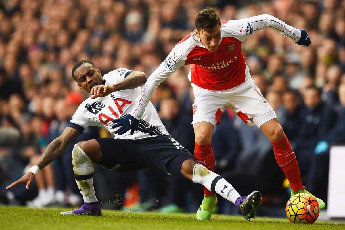Mesut Özil, del Arsenal