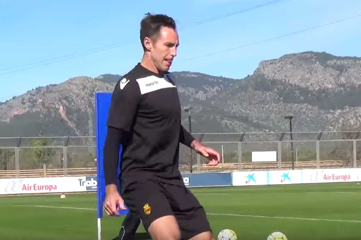 Steve Nash formó parte del entrenamiento del Mallorca como un jugador más