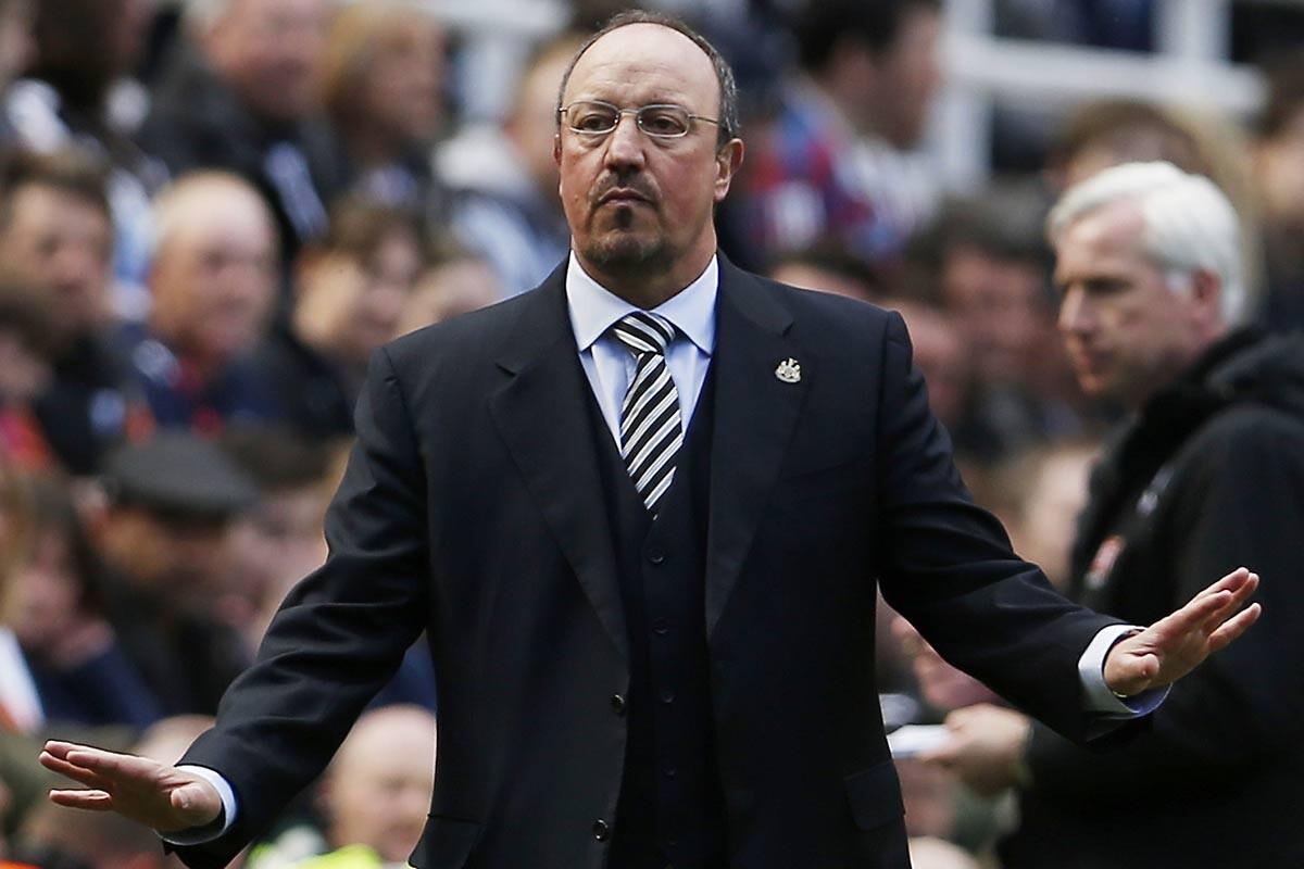 Rafa Benitez, técnico del Newcastle