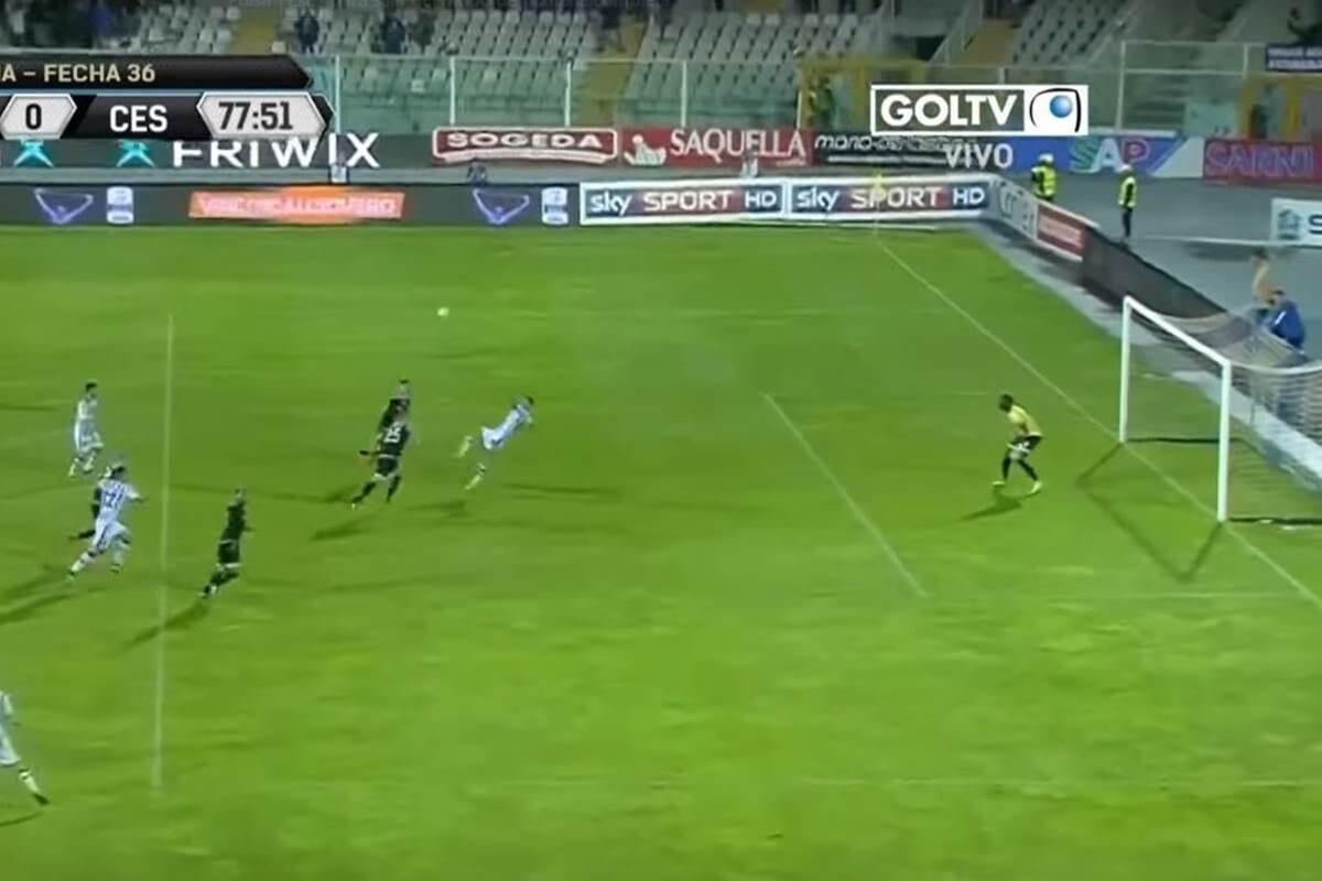 Gianluca Lapadula marca chilena a lo Wendell Lira en la Serie B italiana