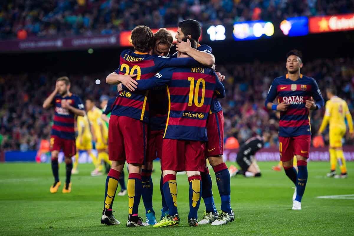 El Barça celebrando un gol ante el Sporting