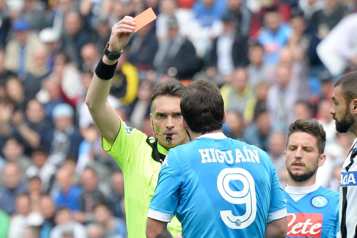 Higuaín es jugador del Nápoles