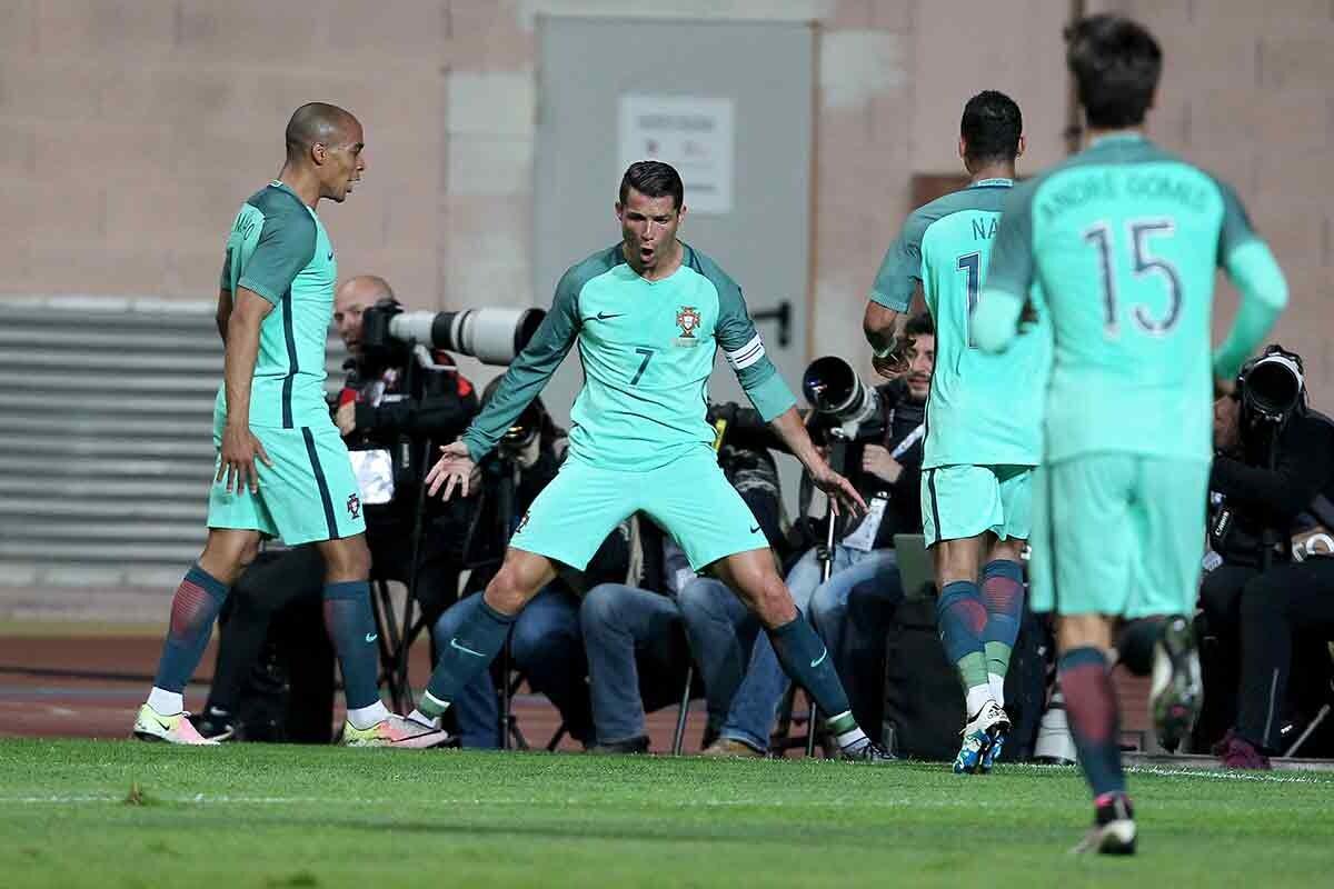 Pepe y André Gomes también están entre los 23