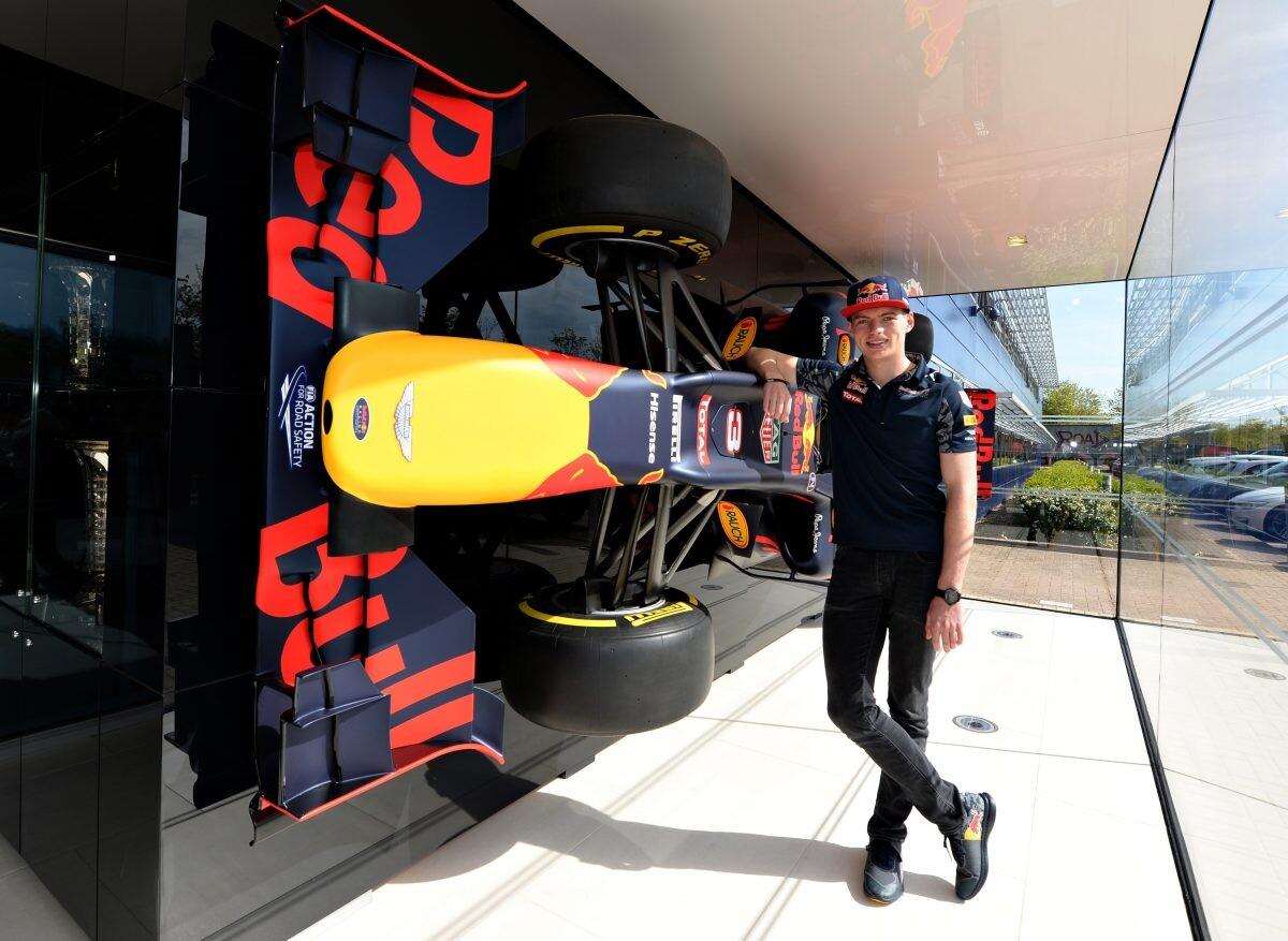 Max Verstappen nuevo piloto de Red Bull