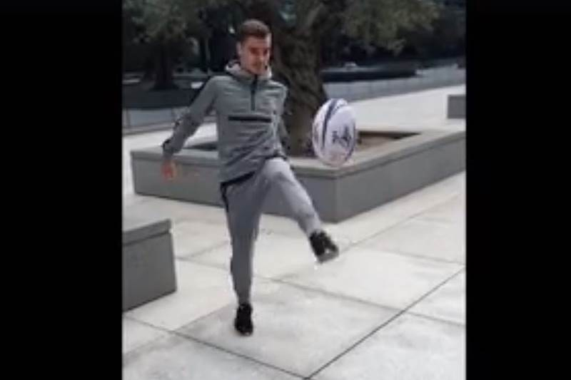 Griezmann balon rugby