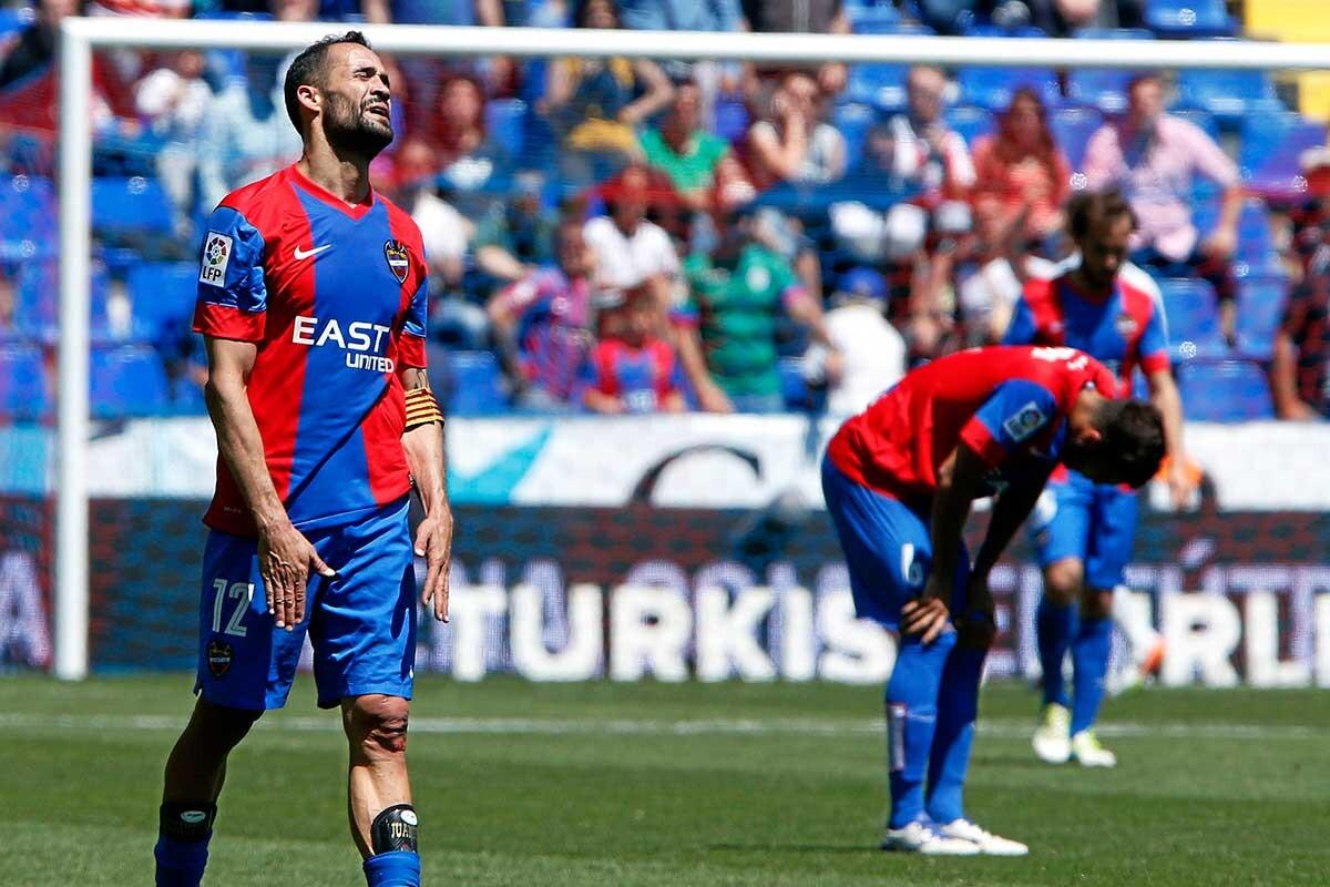 Victorias de los 3 de arriba haciendo lo justo. por abajo el Levante ya es equipo de segunda.