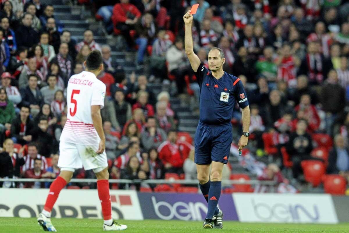 Lolo es jugador del Sevilla
