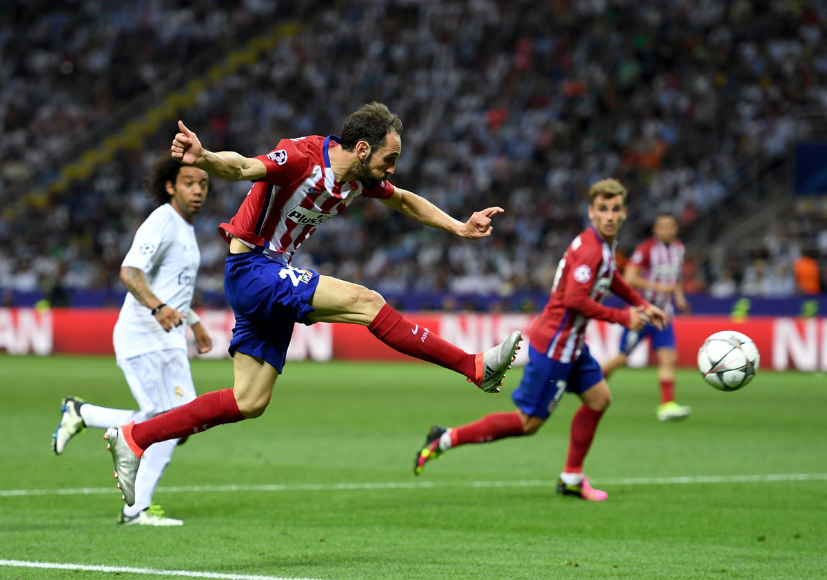 The champions league final between real madrid and for Oficinas atletico de madrid
