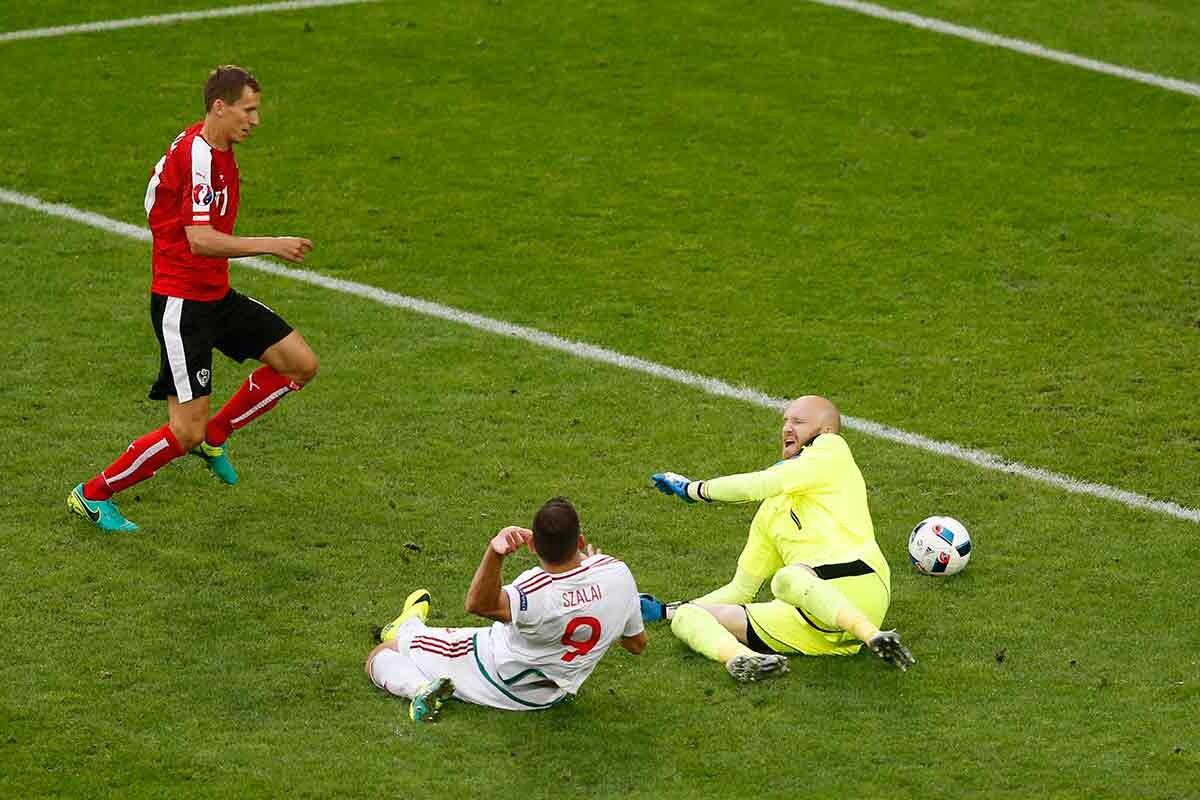 Austria 0-2 Hungría