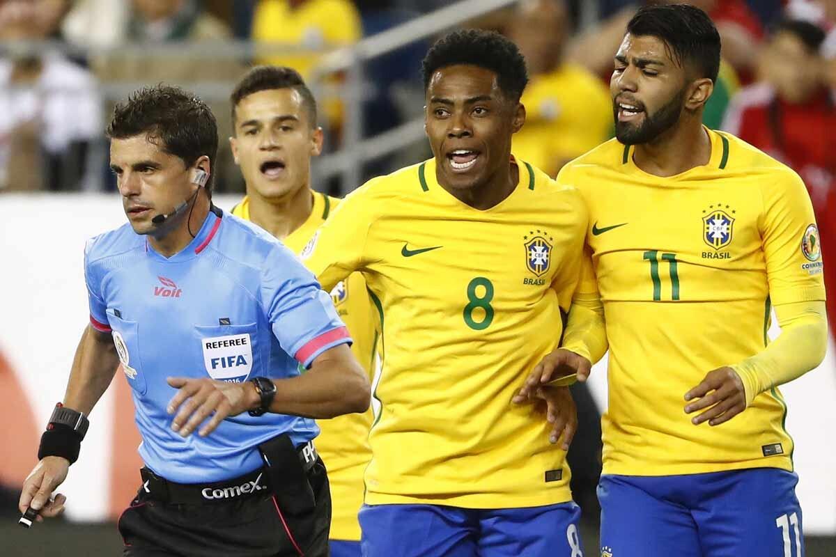 Brasil cae eliminada por Perú en la Copa América Centenario con mucha polémica