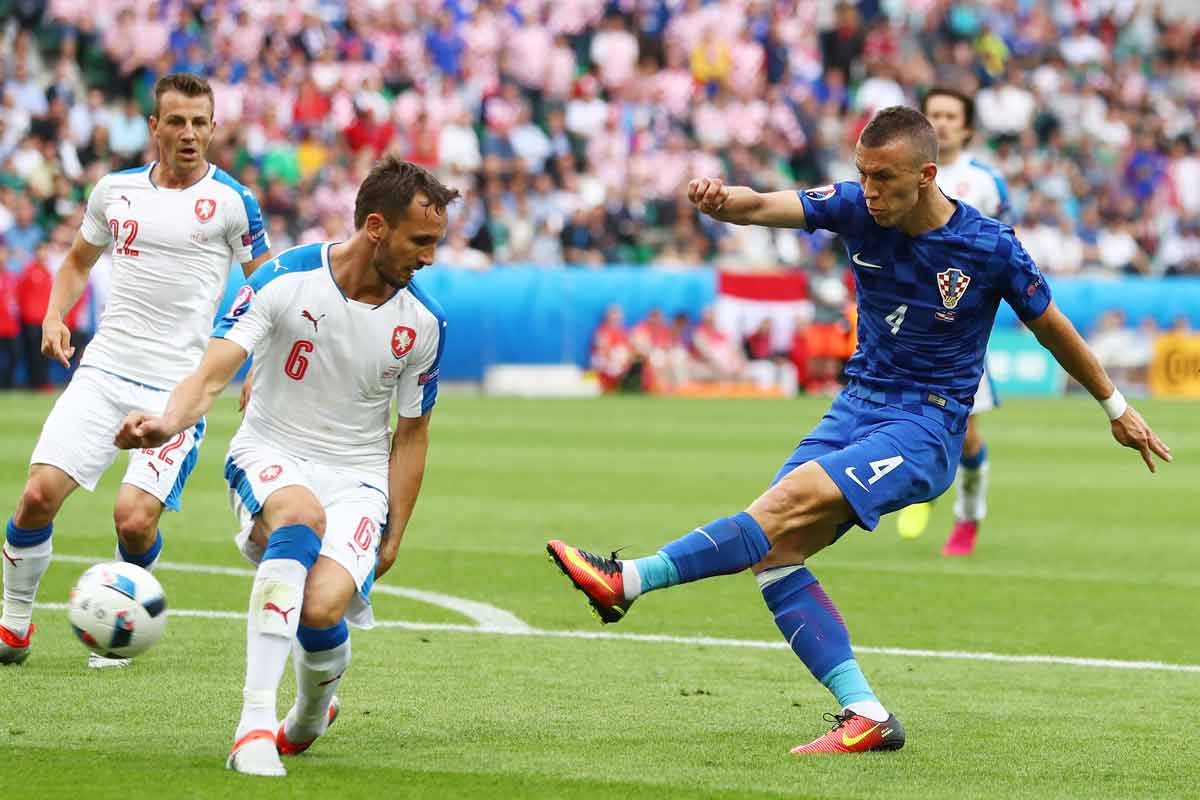 Croacia - Republica Checa de la Euro 2016